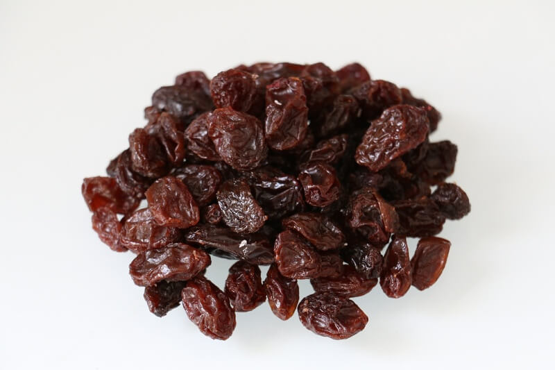 why dogs shouldn't eat raisins