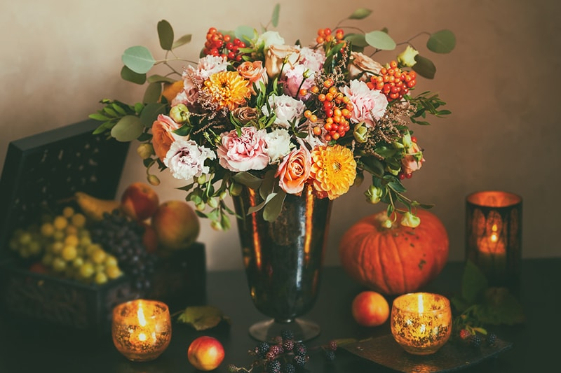plant safety for pets around thanksgiving _ autumnal flower arrangement